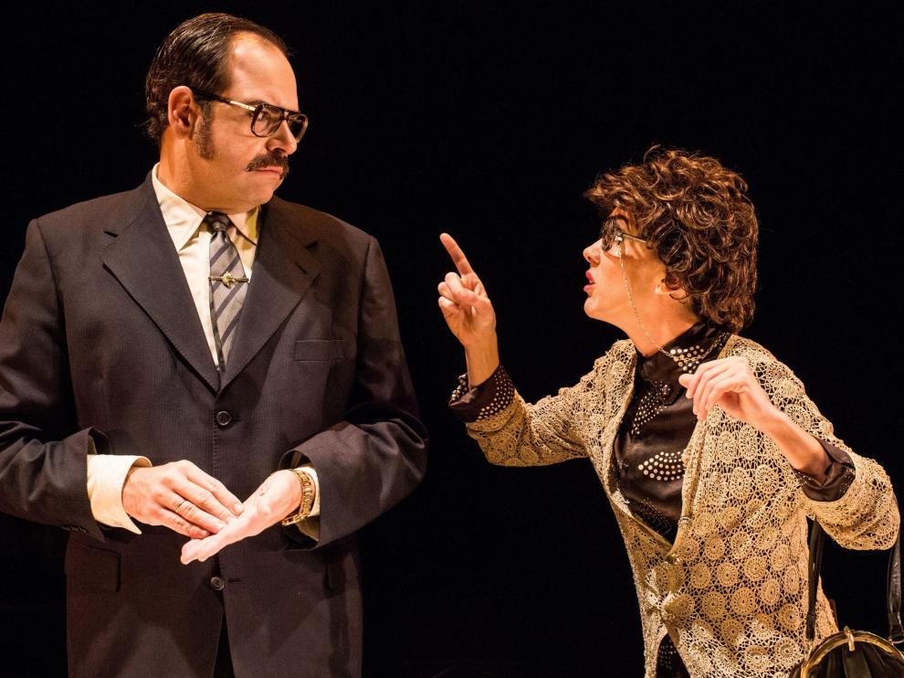 Jorge Usón y Carmen Barrantes, en un momento de la obra, candidata a tres premios Max.
