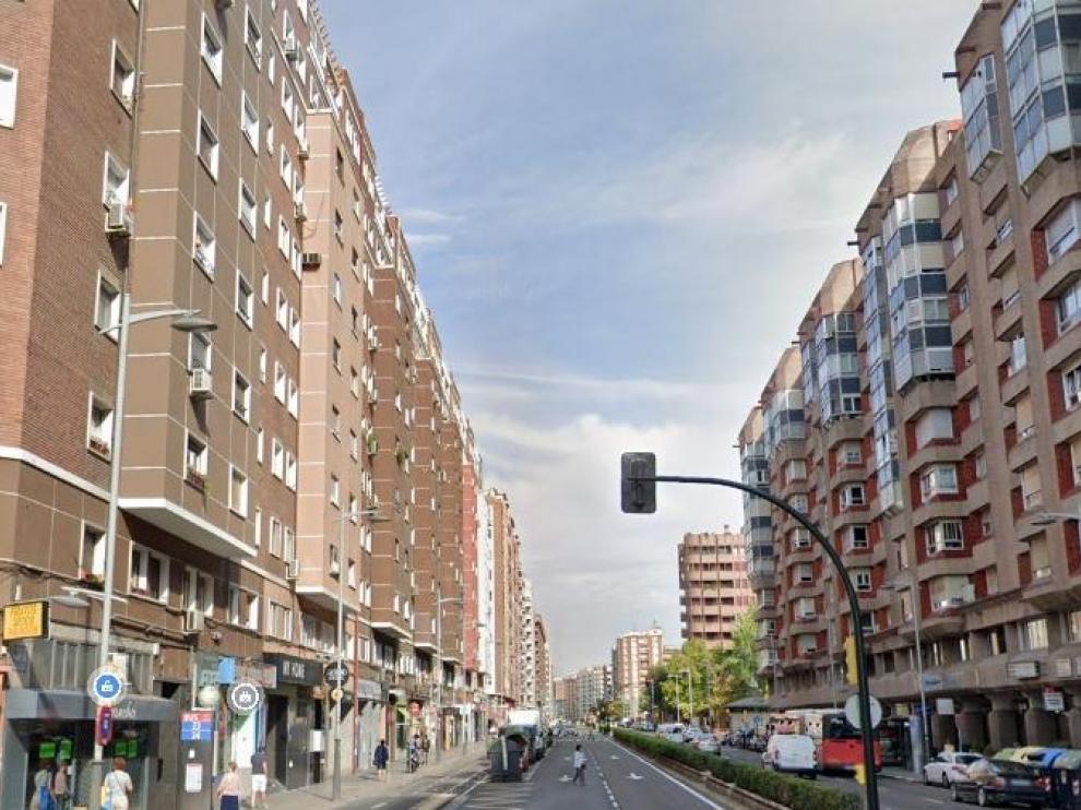 El hombre ha sido detenido este jueves de madrugada en la avenida Tenor Fleta en Zaragoza.
