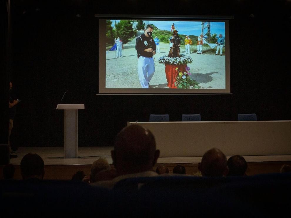 El vídeo se ha presentado este sábado en el salón de actos de Claretianos