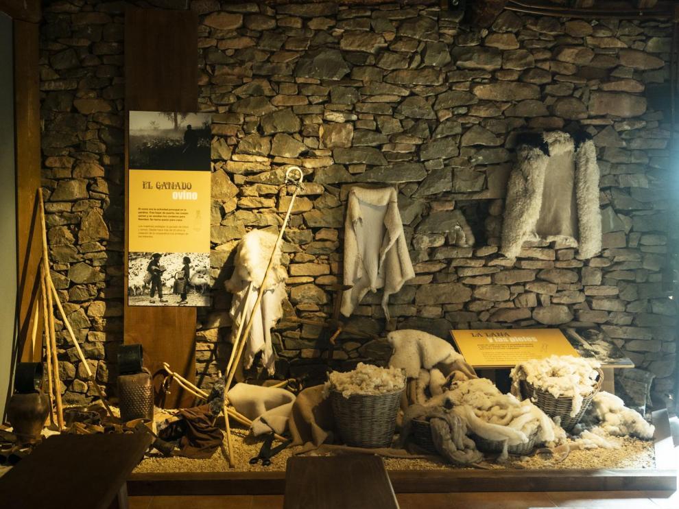 Una de las secciones del Museo Audiovisual del Ovino, en la Borda de Pastores