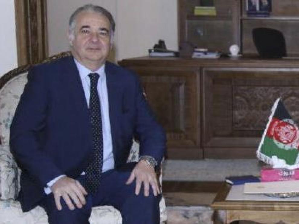 Gabriel Ferrán, el diplomático con orígenes turolenses que no ha querido abandonar el barco de Afganistán.