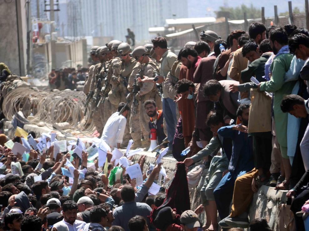 Caos en la evacuación del aeropuerto de Kabul.
