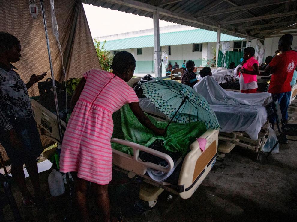 Un hospital en Haití tras el terremoto.