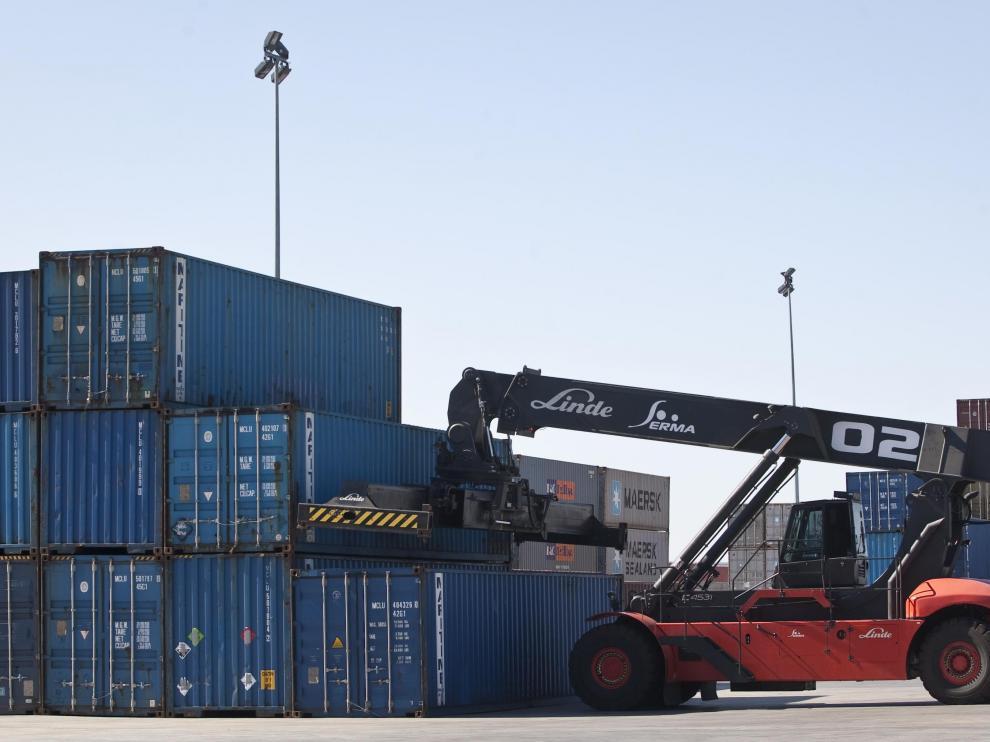 El precio del transporte internacional de contenedores ha aumentado de manera brutal.