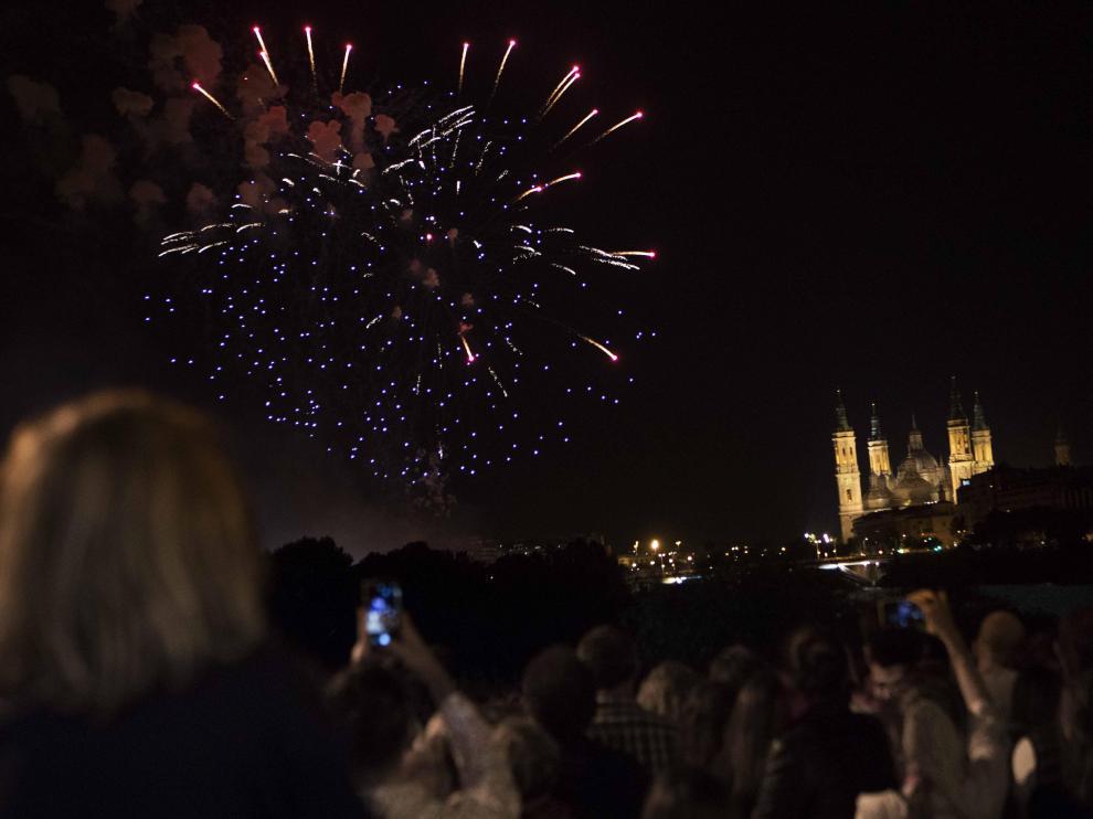 Los últimos fuegos artificiales de las fiestas del Pilar se lanzaron en 2019.