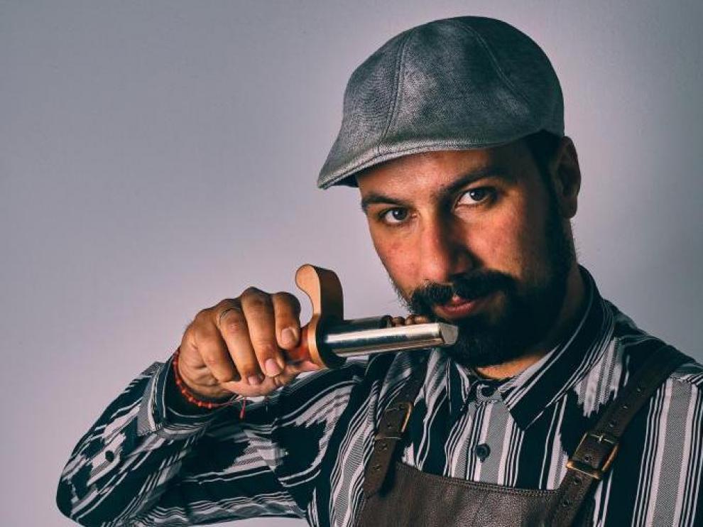 El barista Héctor Hernández