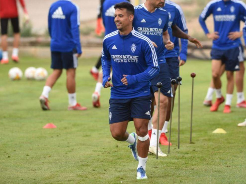 Nano, en el entrenamiento del Real Zaragoza en esta mañana de miércoles en la Ciudad Deportiva.