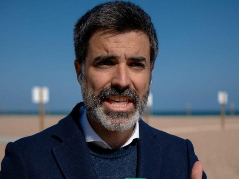 El periodista Diego Sánchez protagonizará 'Cómo dar noticias de mal tiempo sin necesidad de ahogarte' junto con Alberto Gómez.