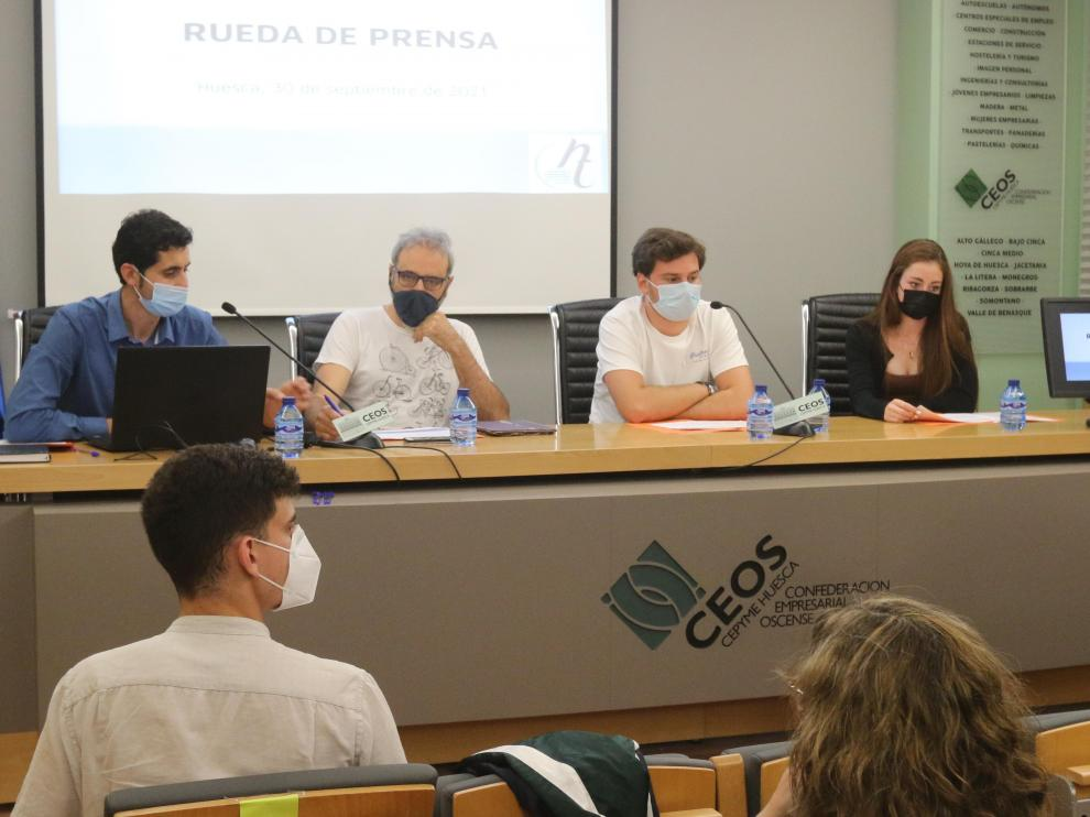 Pablo Villacampa, Miguel Ollés, Carlos Bordonaba y Chulia García en la rueda de prensa.