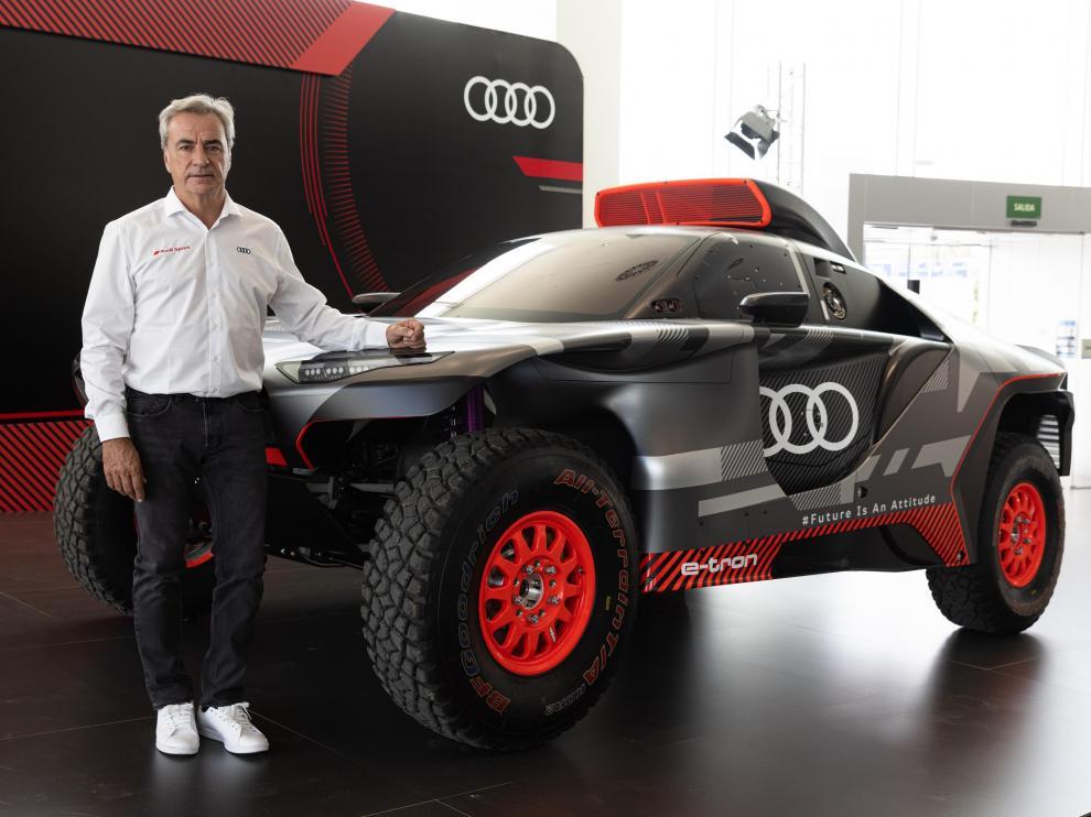 Carlos Sainz, con el Audi RS Q e-tron con el que correrá el próximo Dakar