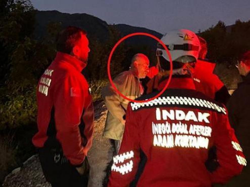 hombre borracho, dado por desaparecido, participa en su propia búsqueda en Turquía