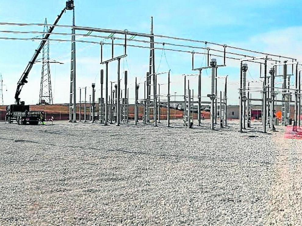 Subestación de Villar de los Navarros, en la que evacuarán los dos primeros parques solares de Enel, que suman 77 megavatios.