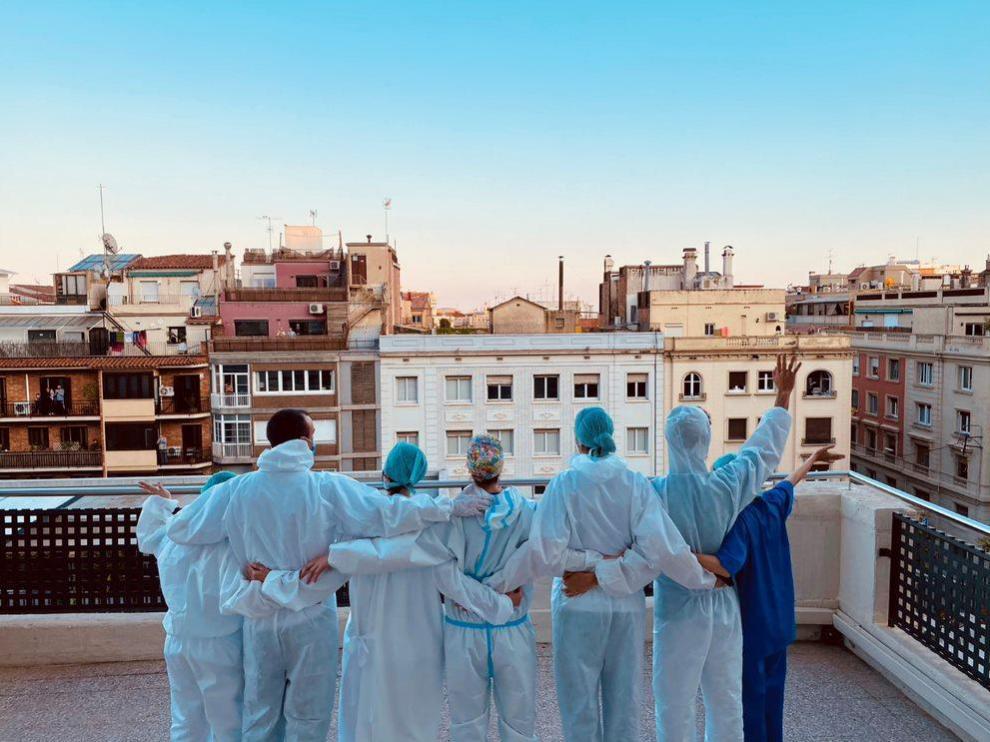 'Son las 20.00', fotografía de la enfermera aragonesa Teresa Marco, ganadora del premio FotoEnfermería 2020