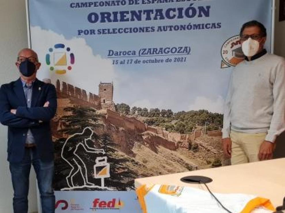 Presentación de la prueba, con los responsables de la Federación y el Ayuntamiento