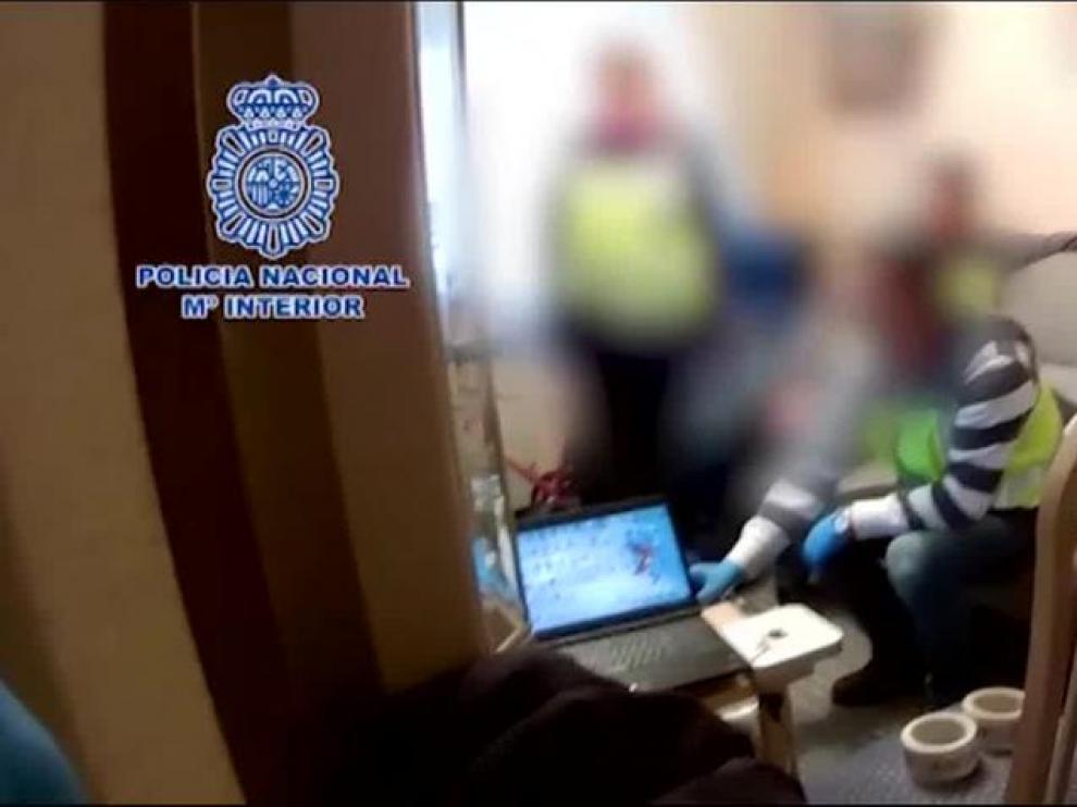 Detenidas tres personas por acoso y tenencia de pornografía infantil, una de Zaragoza