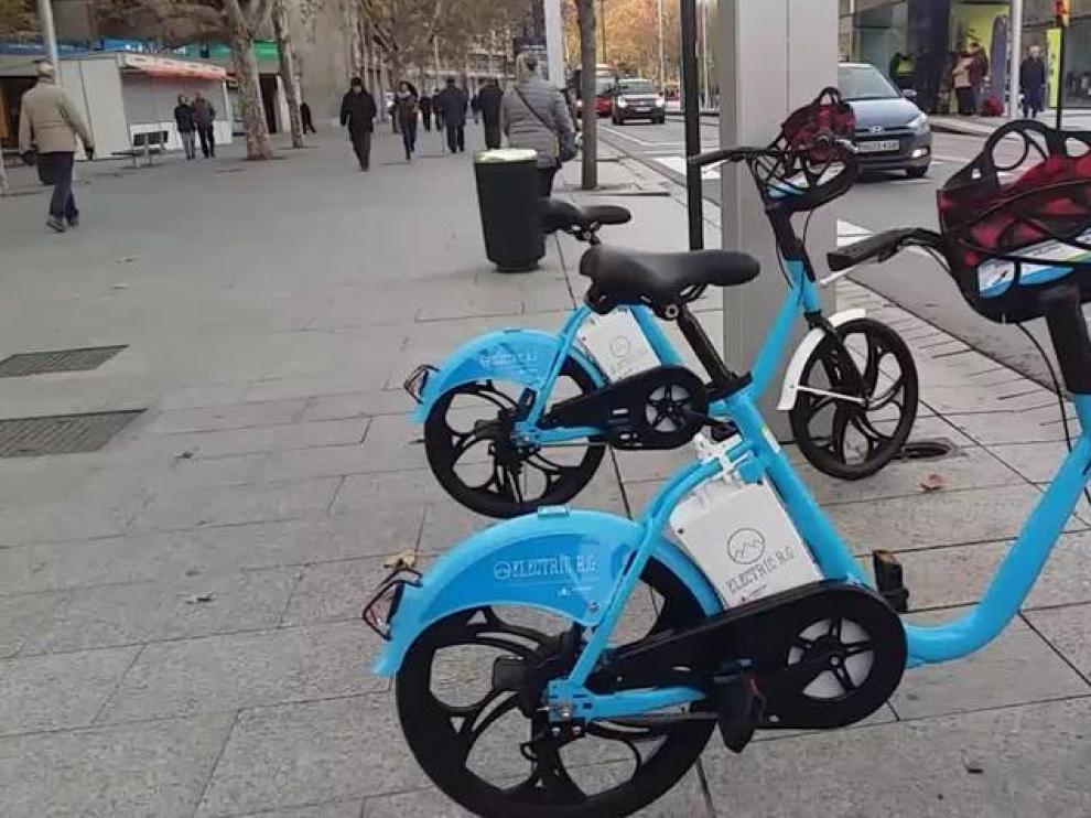 Zaragoza estrena un servicio de bicis eléctricas