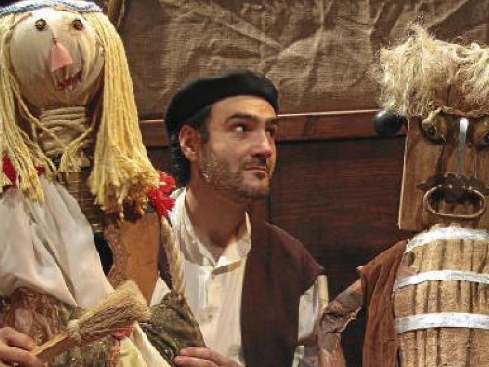Las historias tradicionales aragonesas, protagonistas de ¿En la cadiera¿, de Producciones Viridiana, que podrá verse el domingo en Ejea.