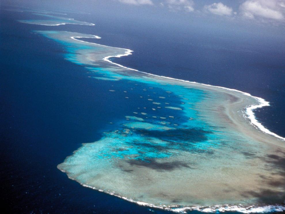 Imagen de archivo de la Gran Barrera de Coral en aguas australianas.