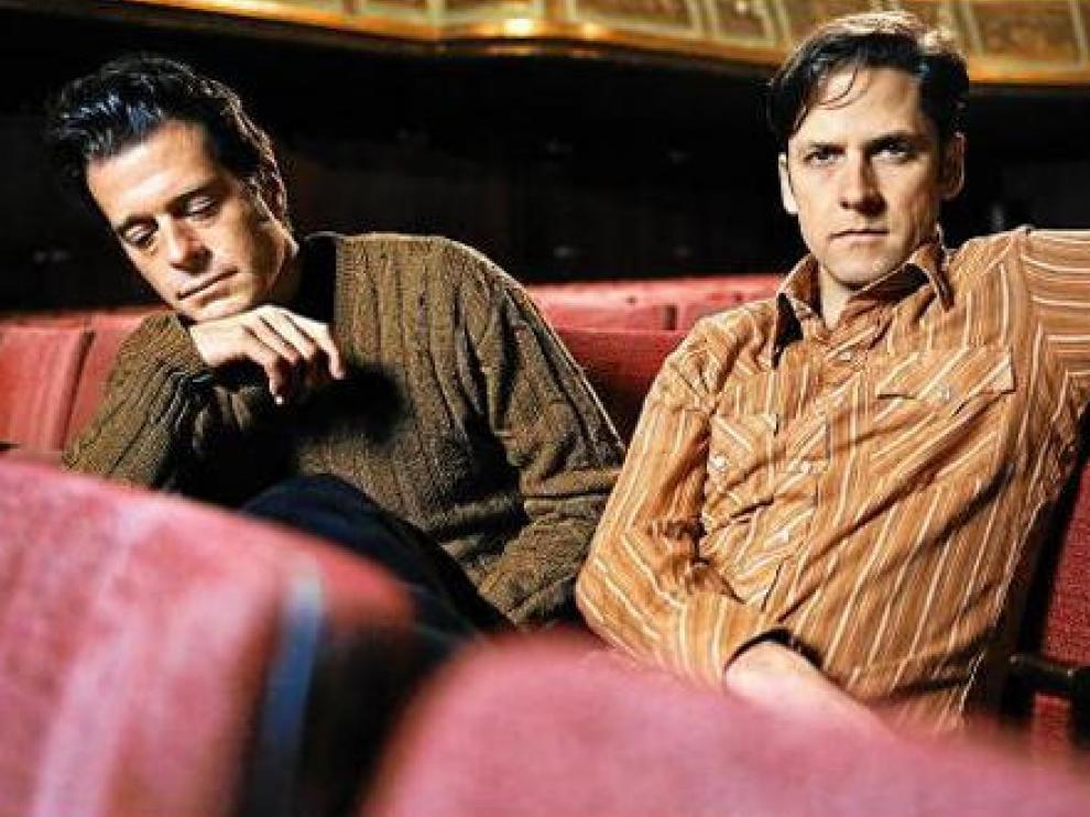 John Convertino y Joey Burns, componentes de Calexico