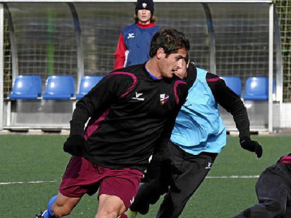 Imagen de un entrenamiento de la Sociedad Deportiva Huesca en la Ciudad Deportiva.