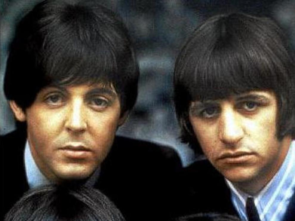 Arriba, McCartney y Starr. Abajo, Harrison y Lennon: The Beatles
