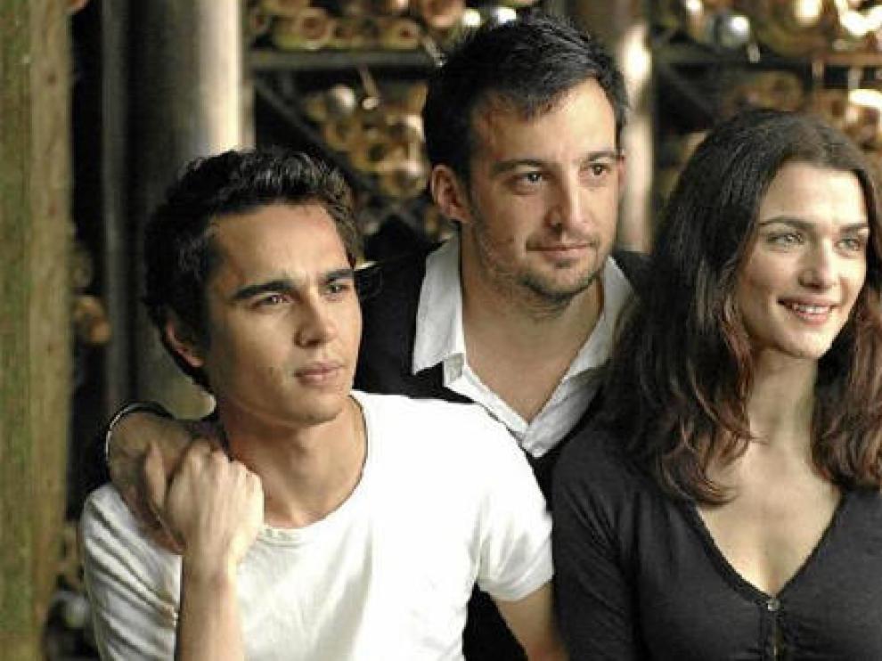 Alejandro Amenábar con Max Minghella y Rachel Weisz, protagonistas de su nuevo filme
