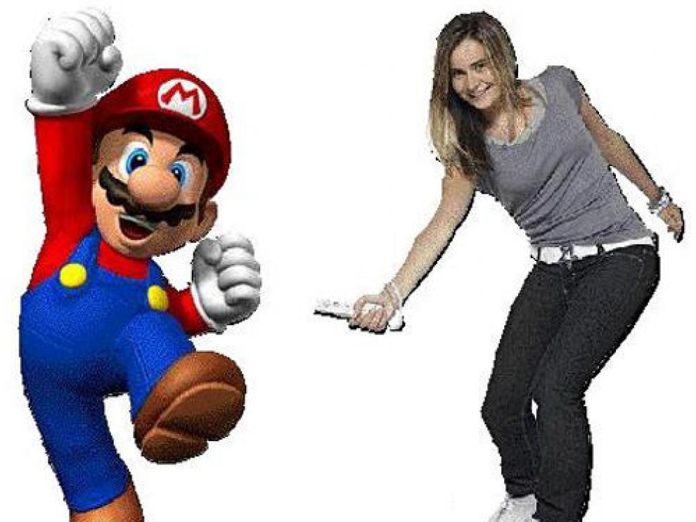 Mario, la 'mascota' de Nintendo, junto a una jugadora de la Wii