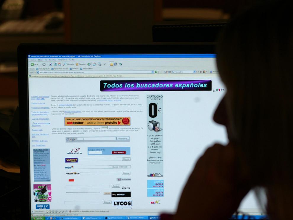 Los virus informáticos pueden llegar a través de anuncios, postales electrónicas, etc.