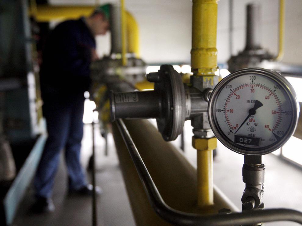 Cientos de miles de personas siguen sin calefacción en el sureste de Europa