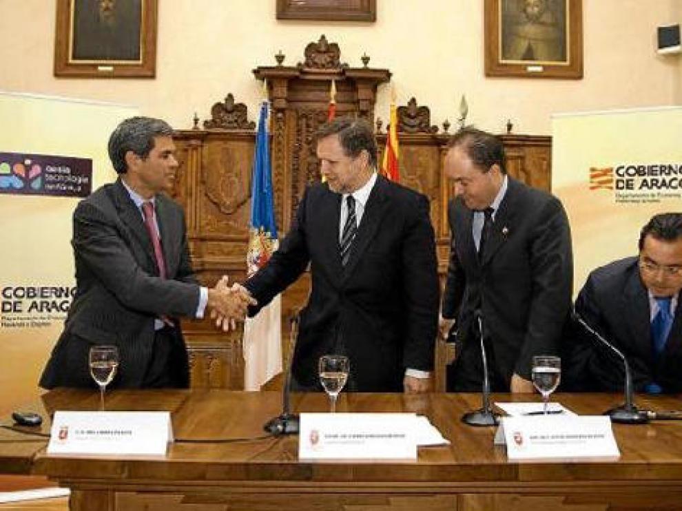 De derecha a izquierda, Abel Linares, Marcelino Iglesias, Victor Ruíz y Francisco Querol