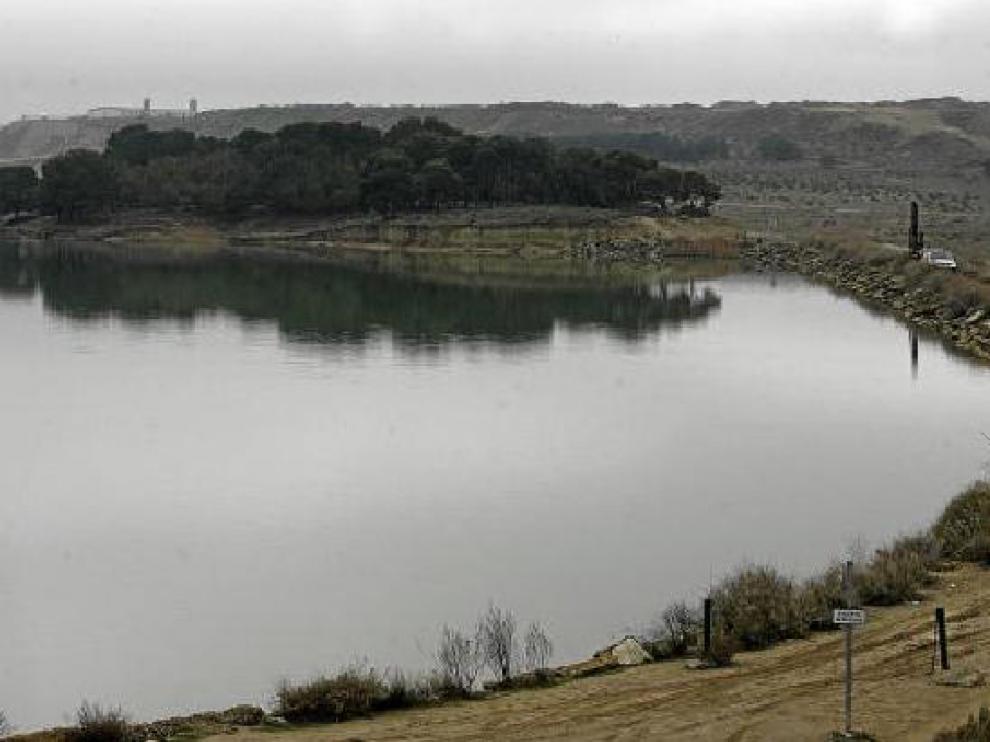La estanca de La Llana, o del Gancho, acogerá el parque lineal de la Ciudad del Agua.