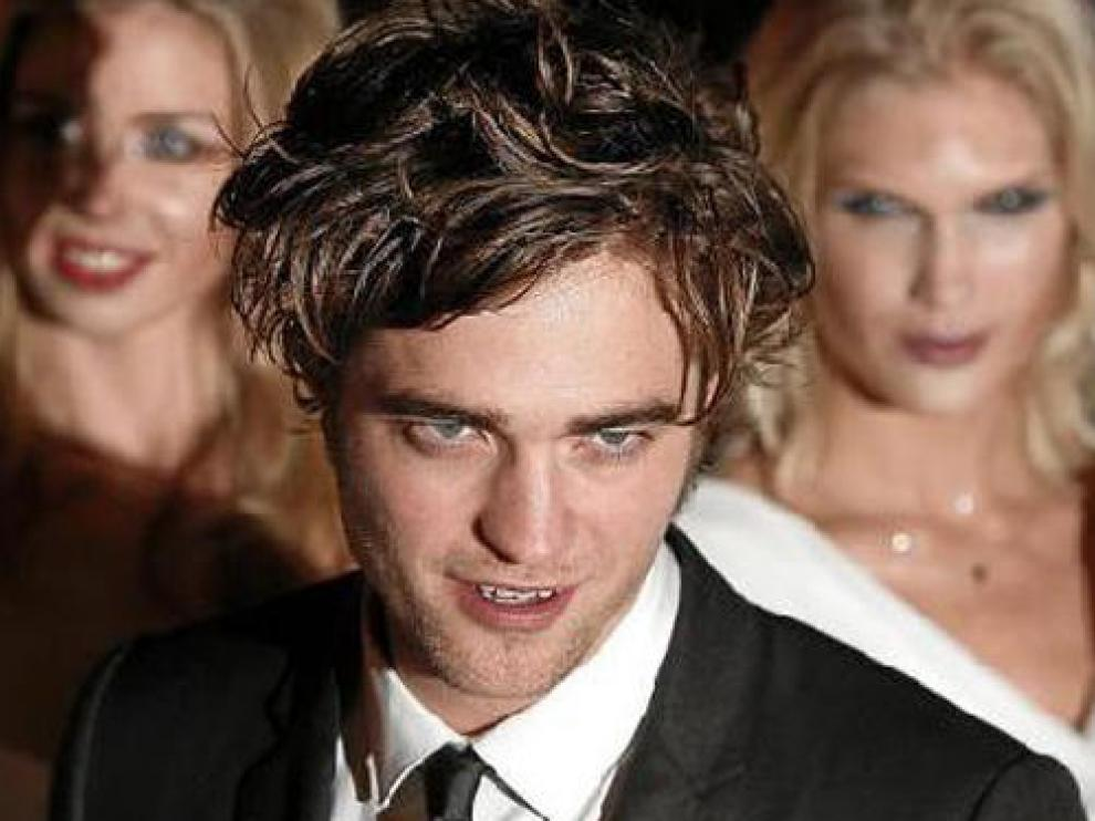 Robert Pattinson encarna a Edward en la película de 'Crepúsculo'