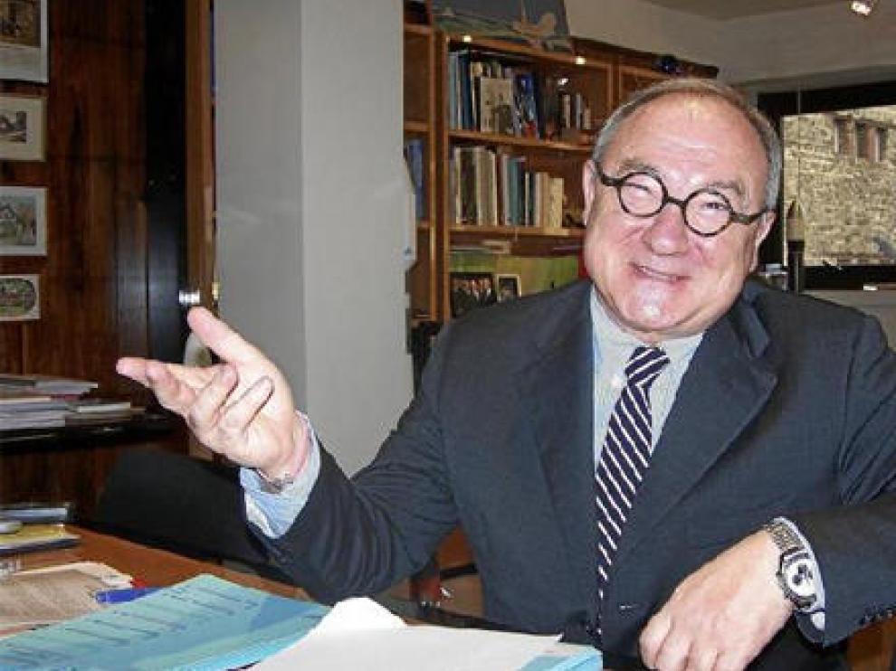 Jean-Jacques Dordain, el pasado miércoles en su despacho en la sede de la ESA en París, donde se realizó la entrevista para HERALDO