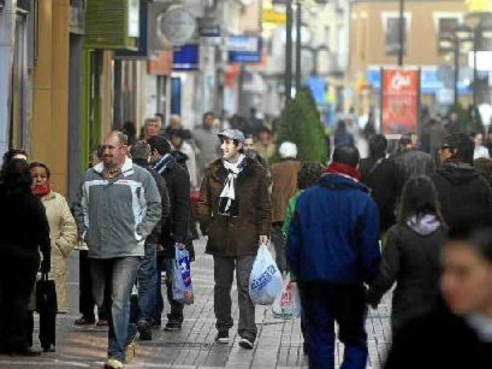 Imagen de la comercial calle de Delicias, que sufre pequeños robos a diario
