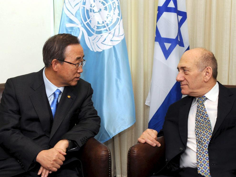 Ban Ki Moon y Ehud Olmert