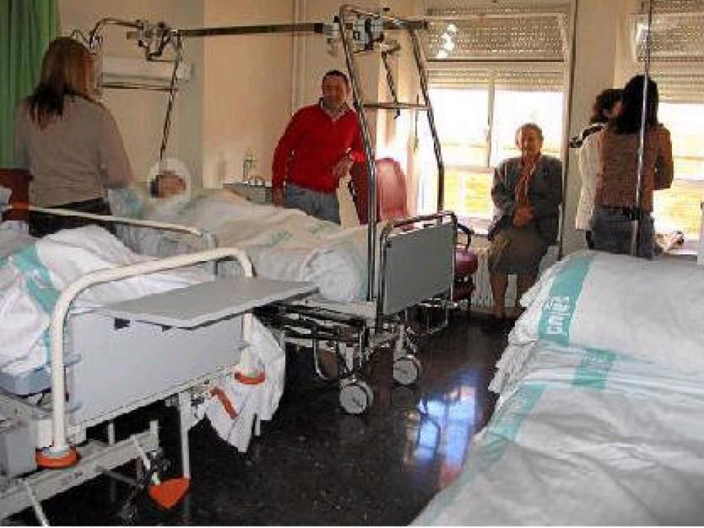 Una de las varias habitaciones del Obispo Polanco que el pasado lunes tenían tres camas y no dos
