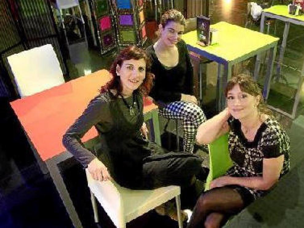 De izquierda a derecha, Malena Alterio, Marina Glezer y María Botto, ayer, en el Centro de Historia