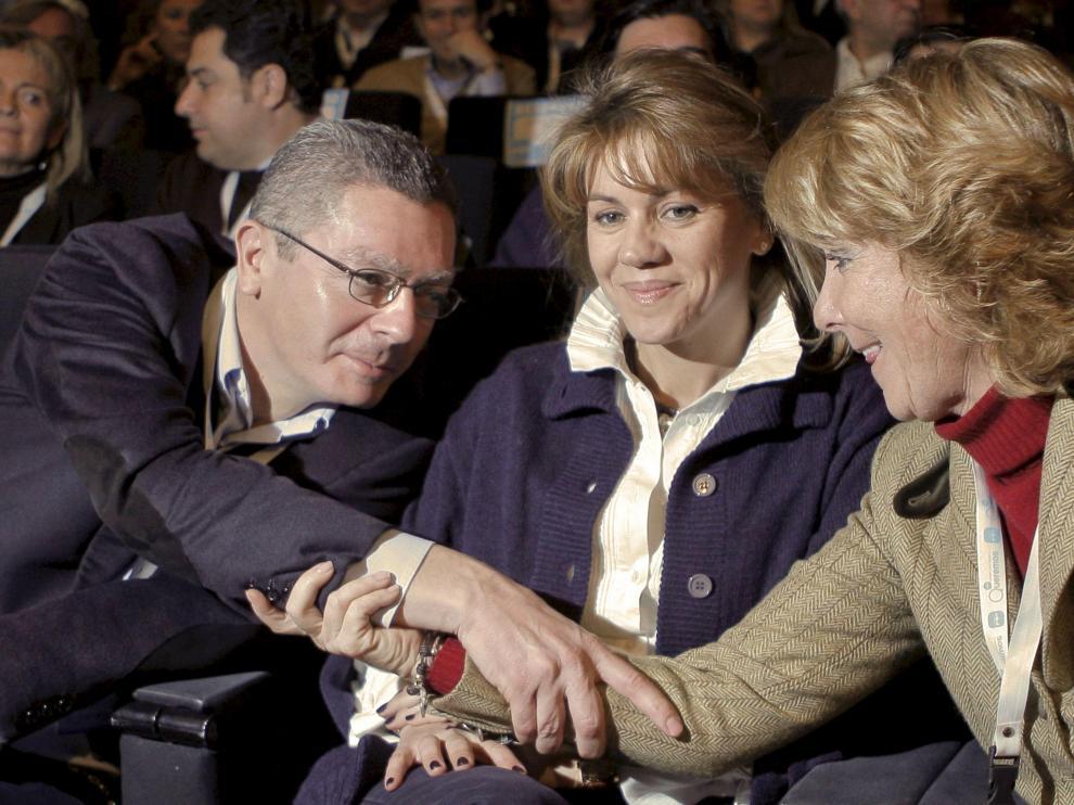 Encuentro entre Gallardón y Aguirre en el Foro 'popular'