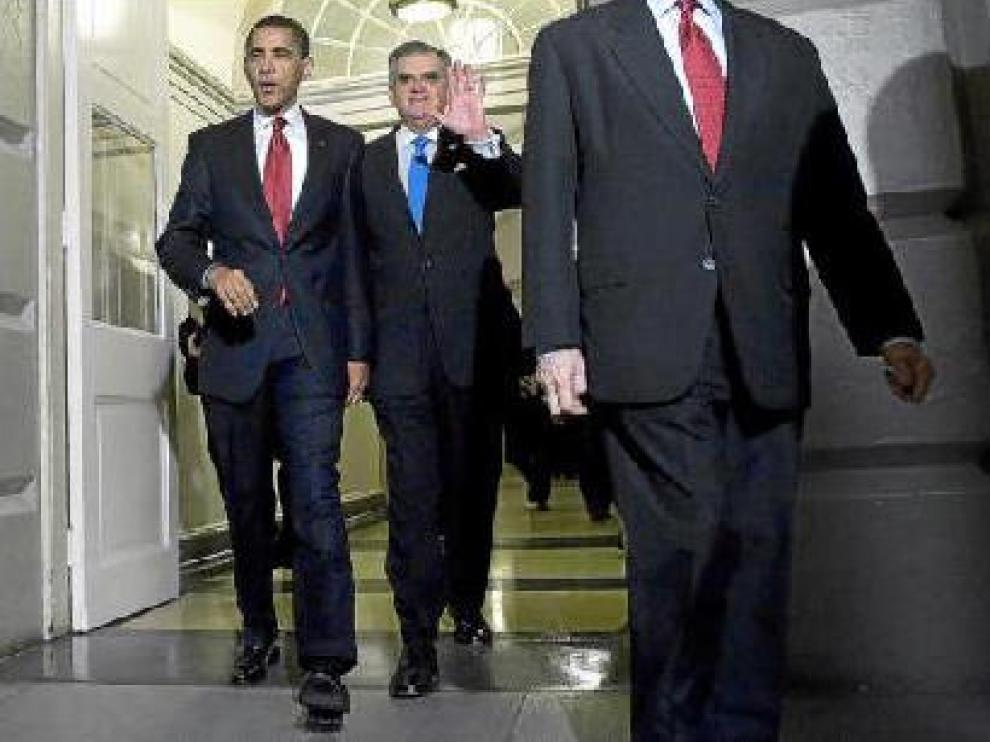 Obama, ayer, a su llegada al Capitolio donde se reunió con los congresistas republicanos.