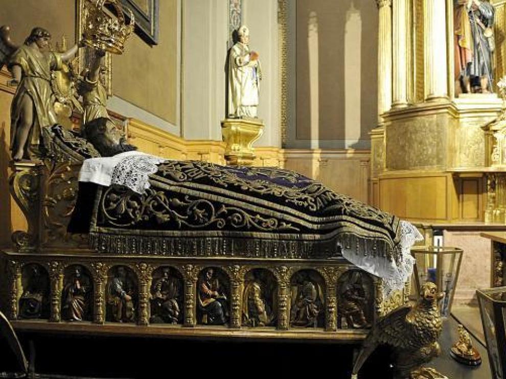 El Cristo de la Cama, fotografiado ayer en la capilla de Santiago de la basílica del Pilar.