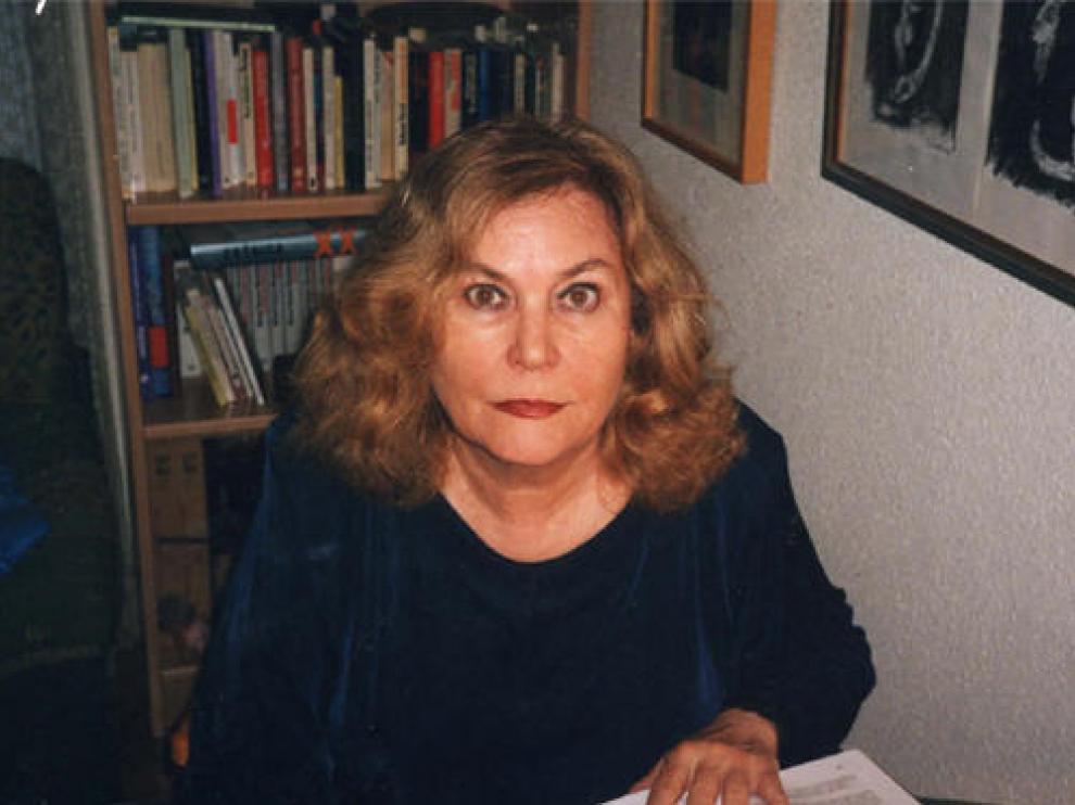 Ana María Navales