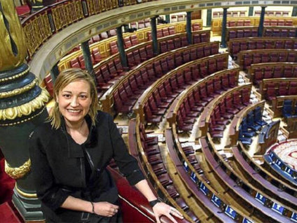 Marta Gastón (Huesca, 1973) en el Hemiciclo del Congreso de los Diputados.