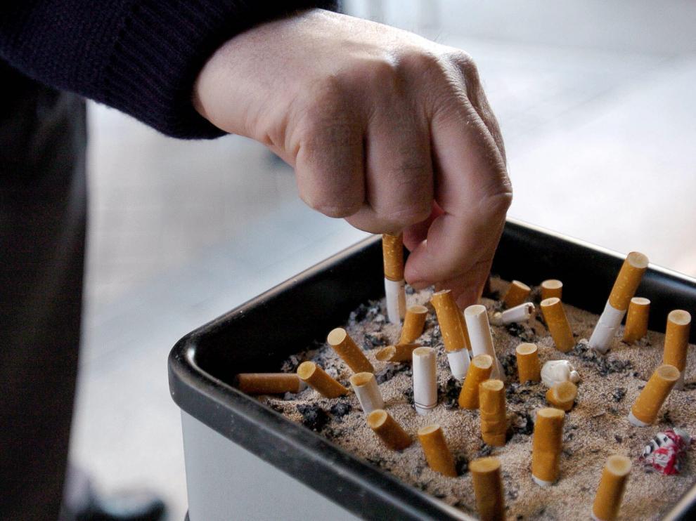 4 de cada 10 accidentes se producen por una distracción, como fumar.