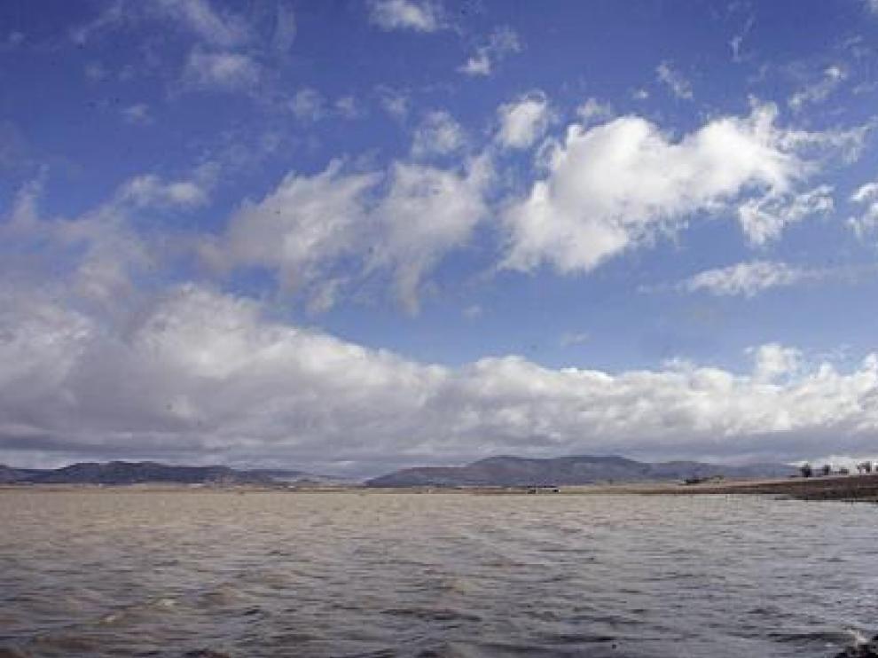 Laguna salada estacional de La Zaida, entre Used, Bello, Tornos y Gallocanta.