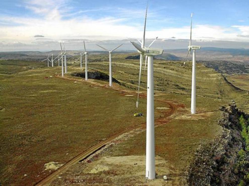 Aerogeneradores del parque eólico de Escucha (Teruel).
