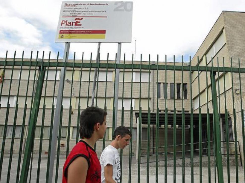 Imagen tomada ayer del colegio público Puerta Sancho, en el barrio de La Almozara.