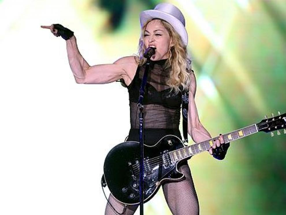 Madonna durante uno de sus conciertos