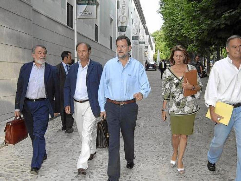 Mayor Oreja, García Escudero, Rajoy, De Cospedal y González Pons, el pasado junio en Segovia.