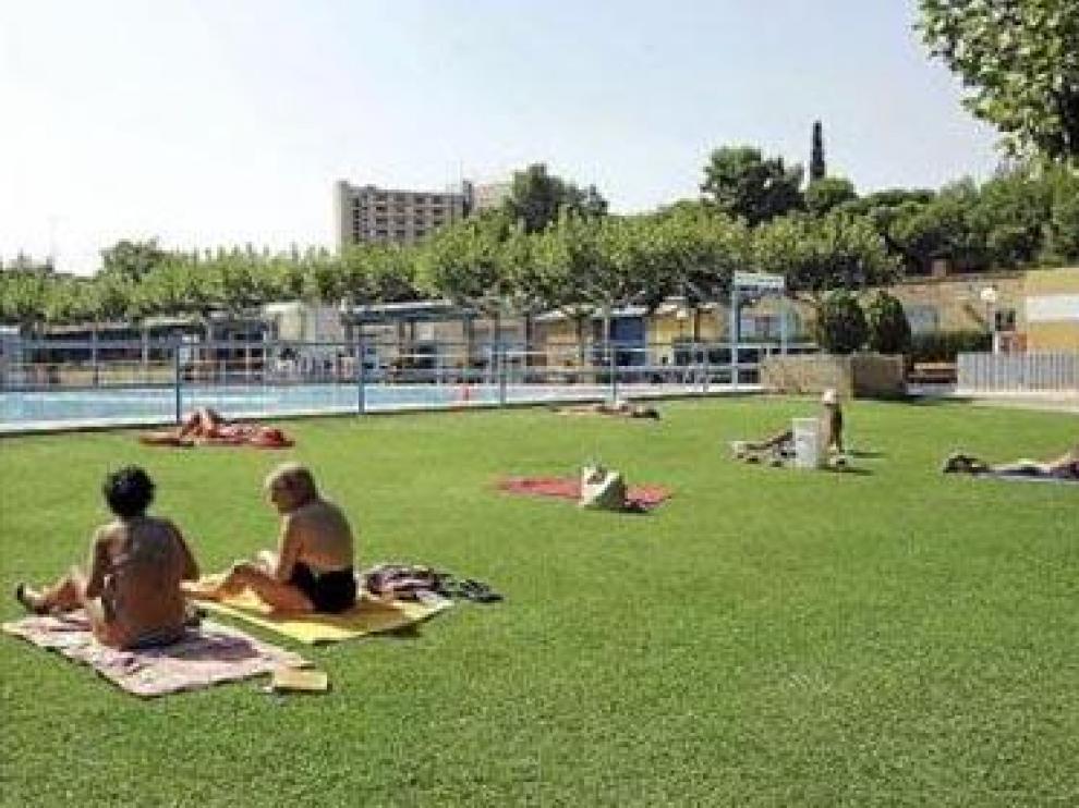 Las piscinas cierran hoy tras superar el millón de usos