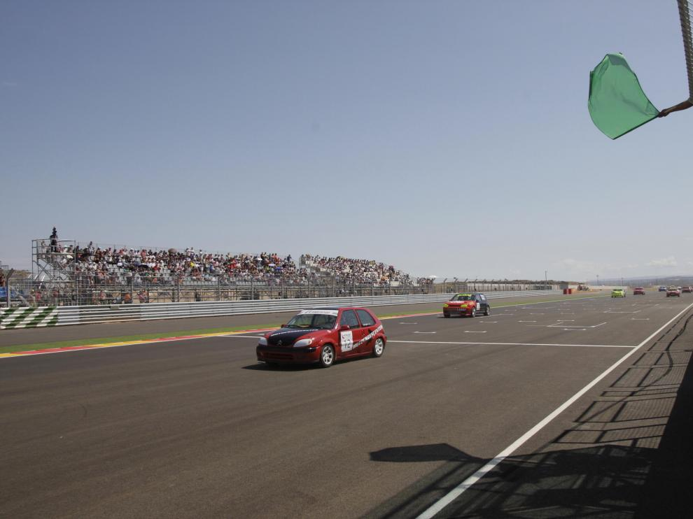 Una de las primeras carreras disputadas en el circuito